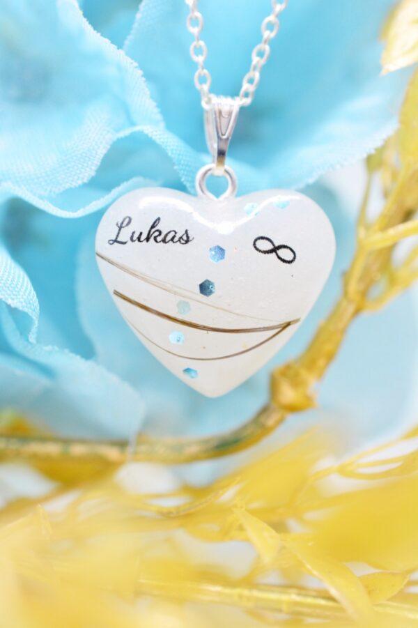 Muttermilchschmuck Muttermilch Herzanhänger mit Namen von Leafinity