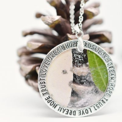 Anhänger-Silberring-Fassung-Schmuck-Großlochperlen-Leafinity-Erinnerungsschmuck-individueller-Schmuck17