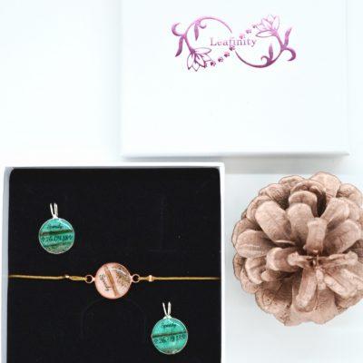"Infinity Armband personalisiert ""YOUNIVERSE"" mit Anhänger von Leafinity dünnes Textilarmband"