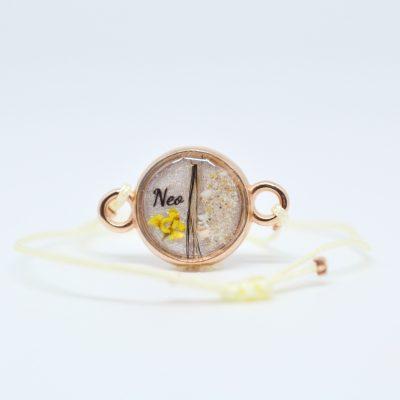 "Infinity Armband personalisiert ""YOUNIVERSE"" mit Anhänger von Leafinity dünnes Textilarmband hellgelb"